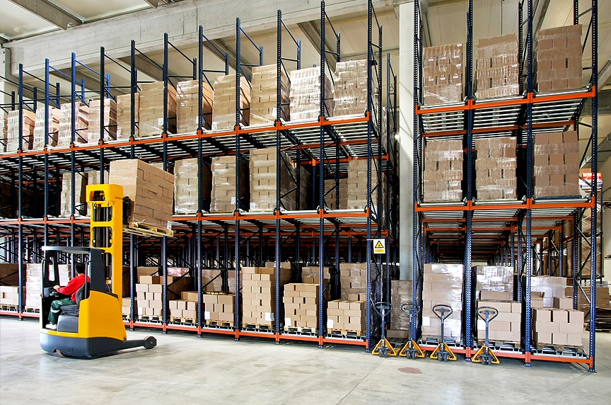 9 Things to Consider When Designing a Warehouse Pallet Racking System: Material Handling Equipment in Your Facility