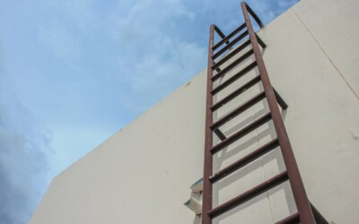 OSHA Ladder Safety Compliance: General Ladder Rules and Requirements