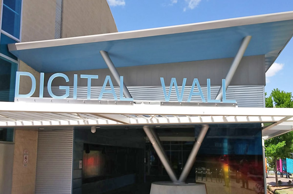 Sheffield Metals Provides Rollformer & Steel For Texas Digital Wall Project