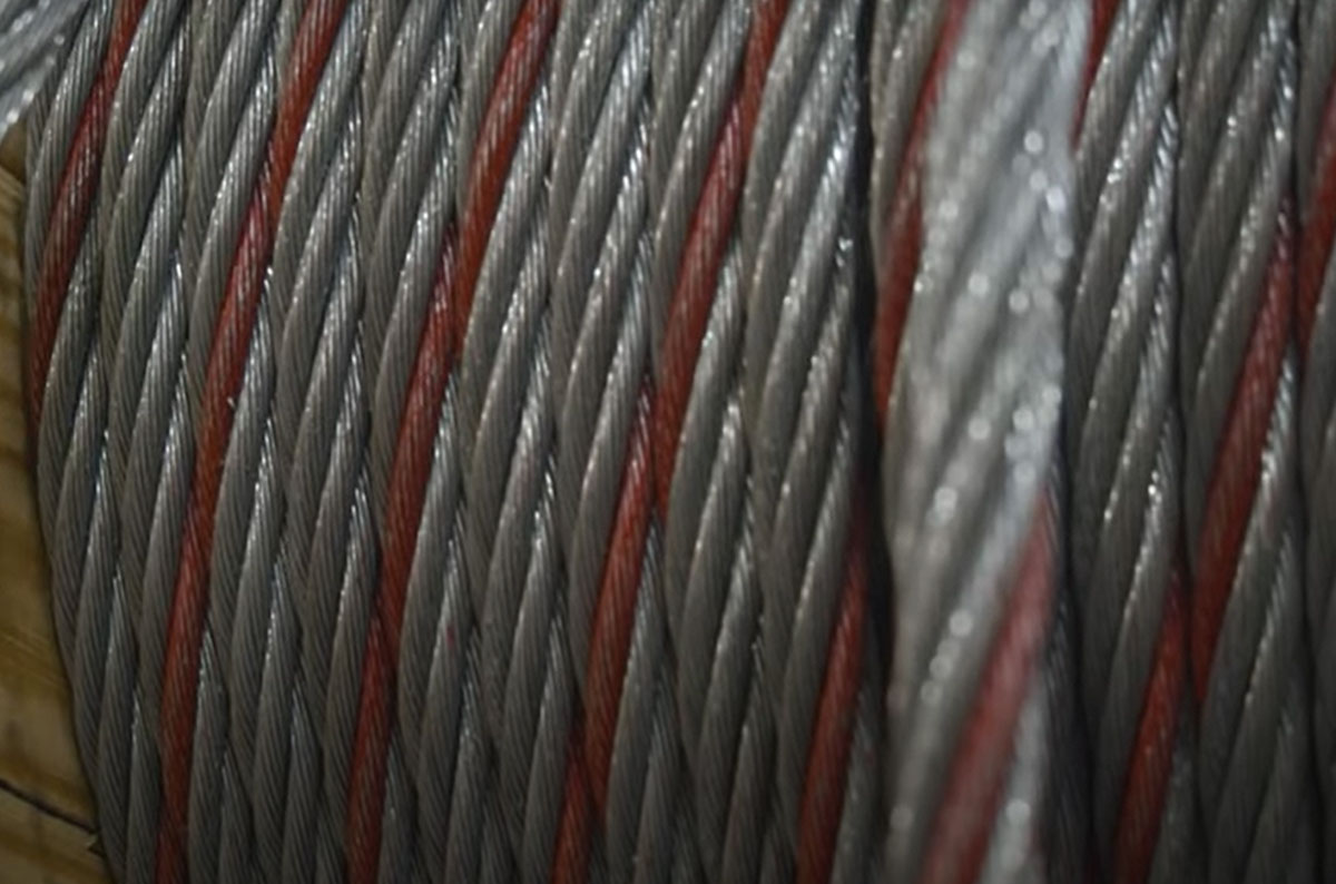 How Can I Identify Domestic Wire Rope Brands by Color Strand: Featured